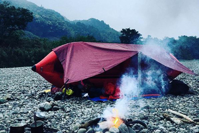 Kayak shelter with a DD Tarp - by @takutaku00 on Instagram