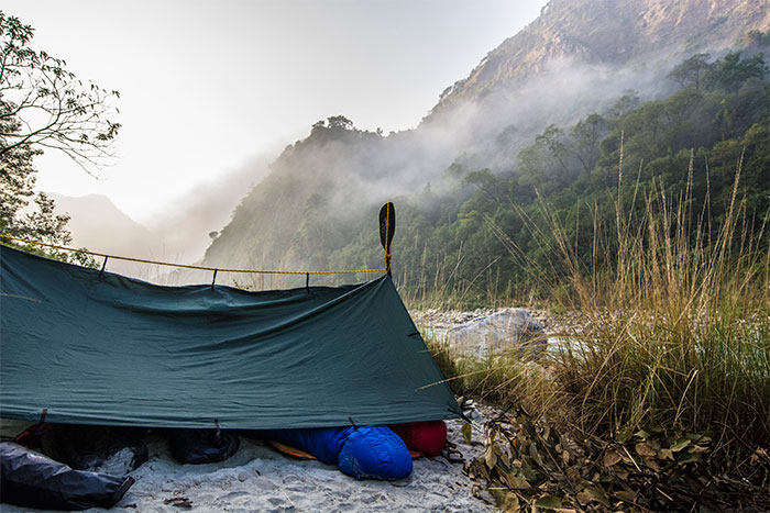 Dominic Burrow & Steph Higgins tarp-camping in Nepal
