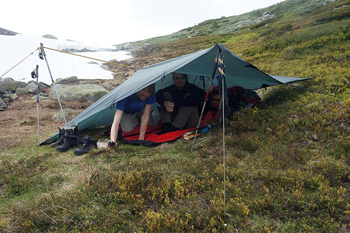 Remko and Herjan under their DD tarp in the wilds of Norway