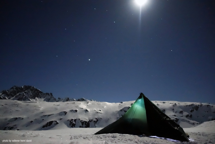 DD SuperLight Tarp on Mt Blanc - Henri Willener