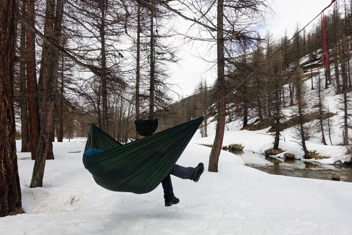 dd superlight hammock in the snow by henri willener winter camping  keeping warm in your hammock  rh   ddhammocks