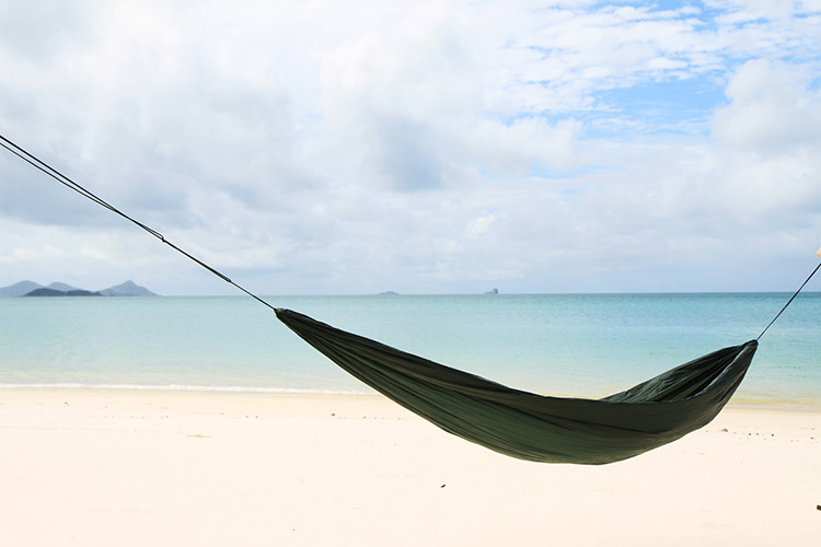 DD SuperLight Hammock by the sea