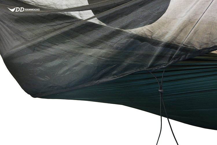 A close up of DD Superlight mosquito net used with hanging pocket