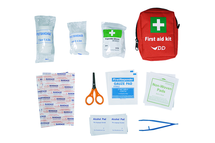 DD First Aid Kit components