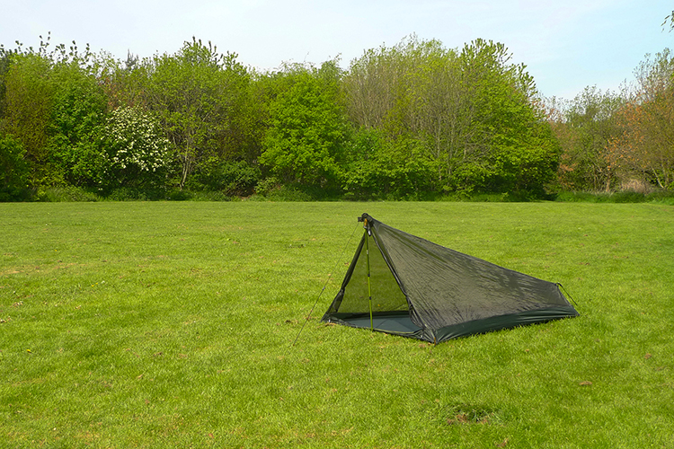 DD - Pathfinder - Mesh Tent used with hiking pole