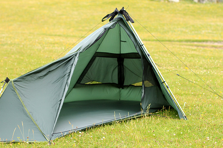 DD Superlight tarp tent set up